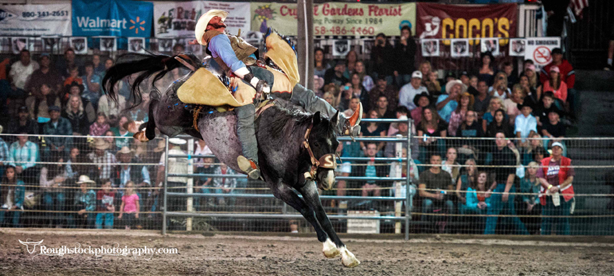 Poway Rodeo photo by Reed Settle | PRCA | PBR | IPRA ProRodeo Photographer